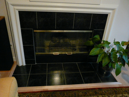 Click to enlarge image 09011407-fireplace-before-1E.jpg